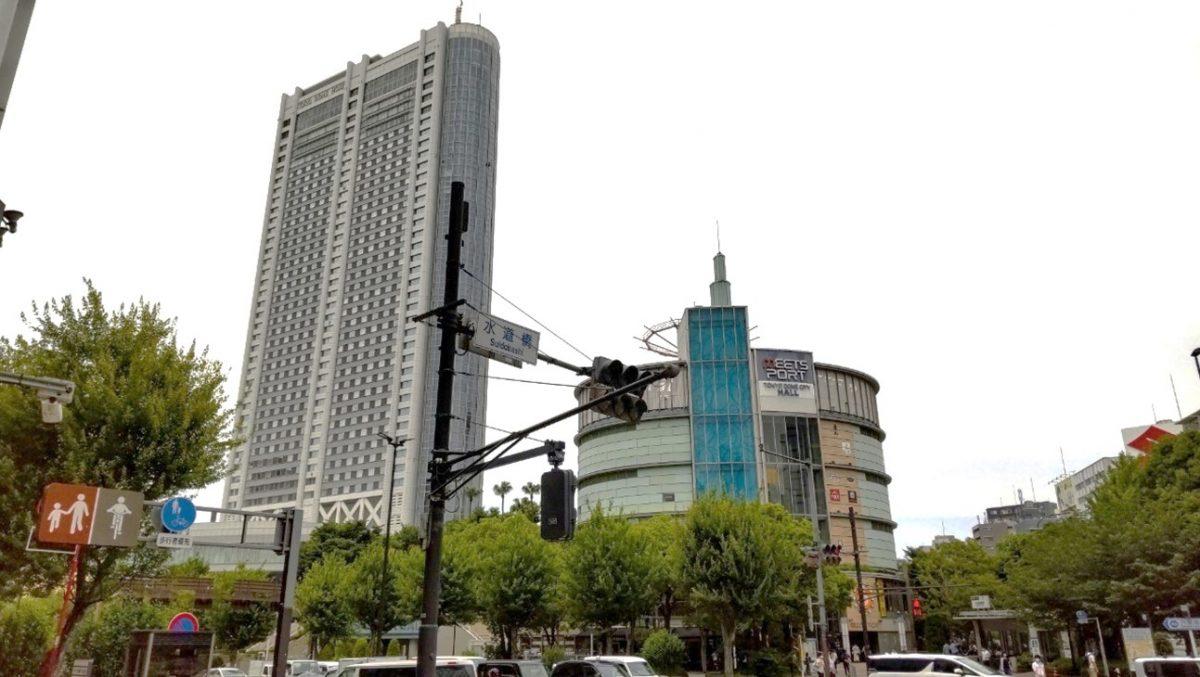 東京ドームホテルの外観